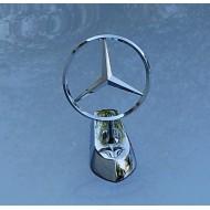 Emblema da cofano Mercedes